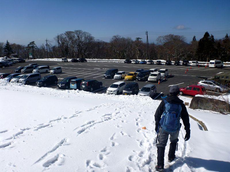 博労座駐車場