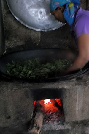 漫撒山秋の散茶2013年プーアル茶