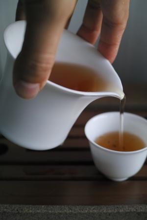白磁つや消しの茶海150cc