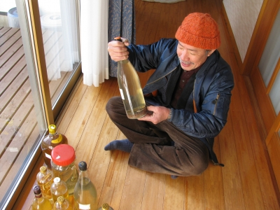 伊豆大島のまむし酒