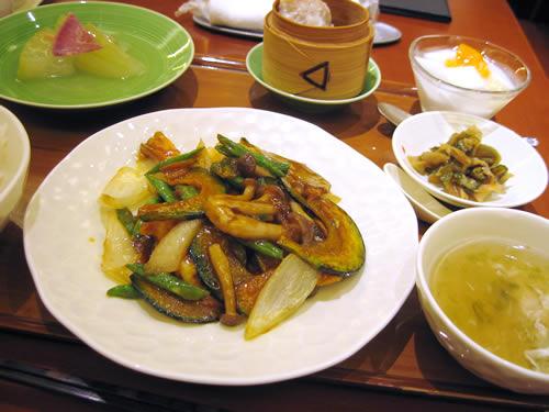 VEGE CHNA 南国酒家 新宿店