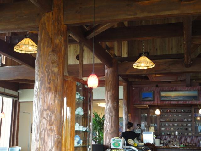 喫茶店・蕪島を臨んで