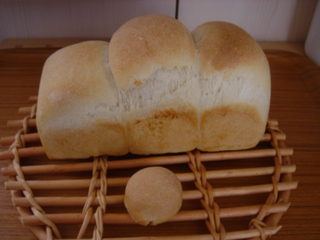 3つ山食パン。