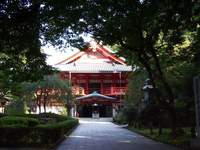 那谷寺です