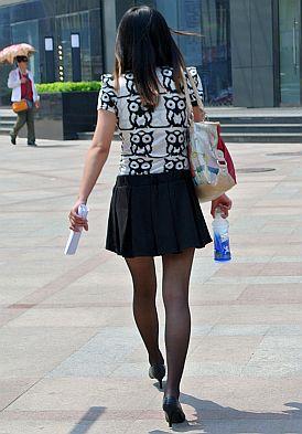 瀋陽の長身の女性