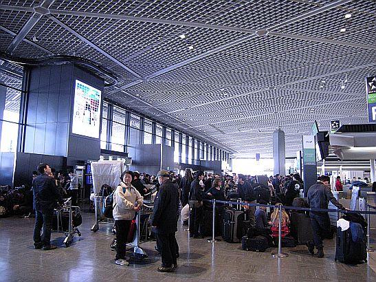 3月13日の成田空港T1