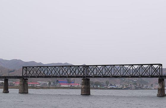 鴨緑江の鉄橋