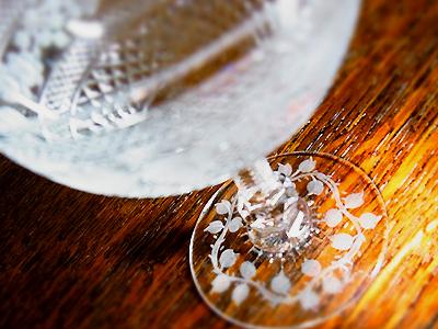 バラのアンティークグラス