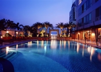 ascott_bangkok_pool