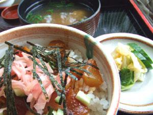 海鮮ザクザク丼500円