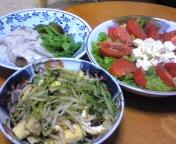 サラダと炒め物。