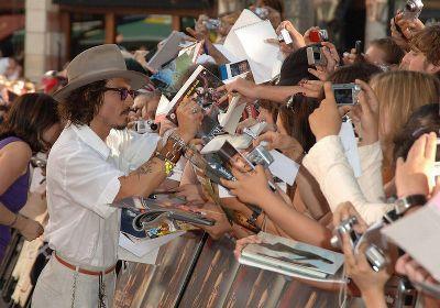 いつどんな時もジョニーはファンに優しい…。