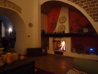 グッチョーネ家の暖炉