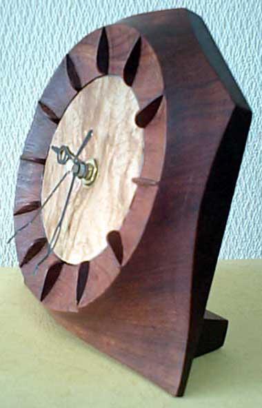 ブビンガ時計側面
