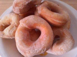 初の酵母ドーナツ