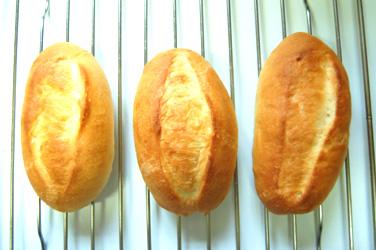 ふんわりやわらか。みるくパン