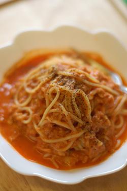 トマトのスープスパゲティのようなもの