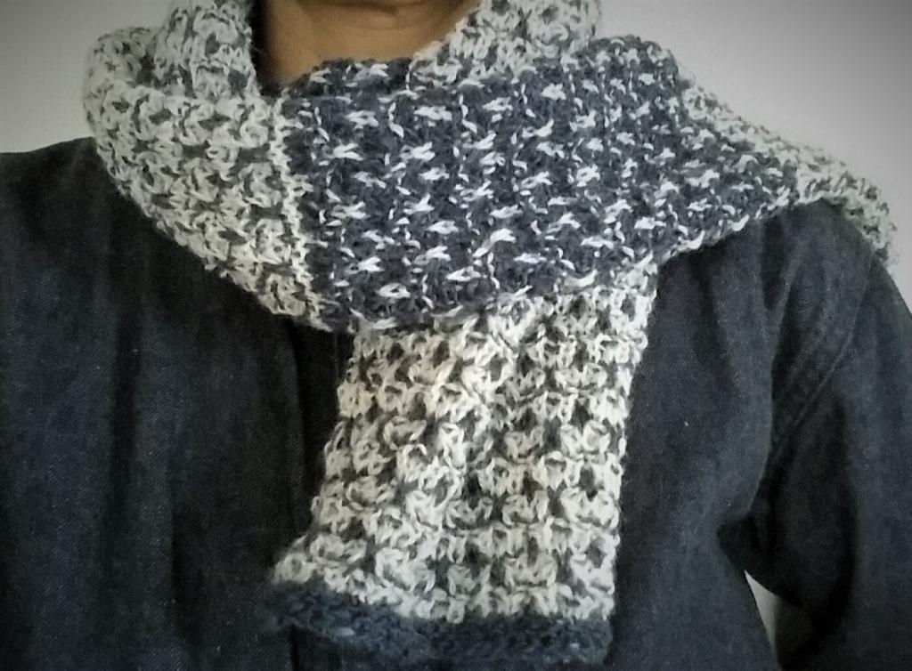 2002TuckStitchScarf.jpg