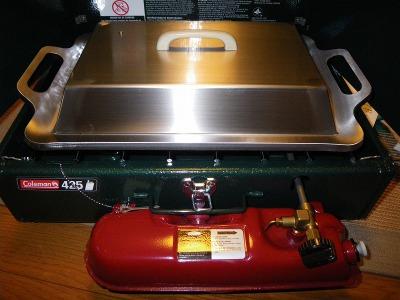 コールマンのツーバーナー425用の9?鉄板とステンレス蓋