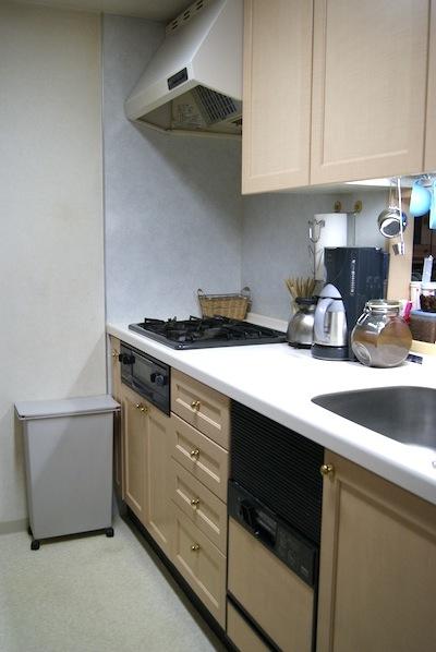 大掃除後のキッチン