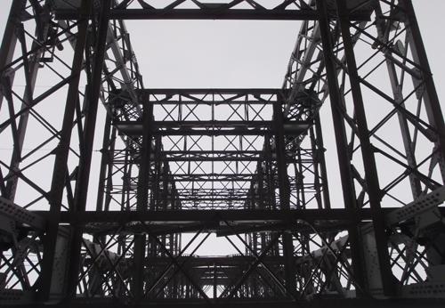 高圧線 鉄塔