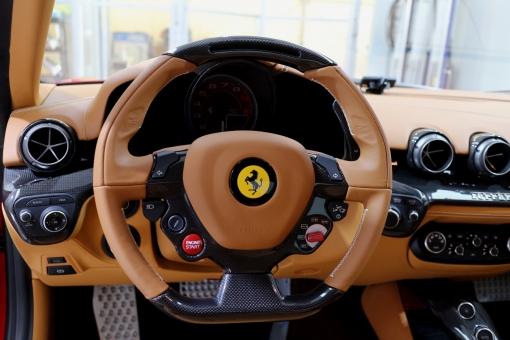 F12 車内 005.jpg
