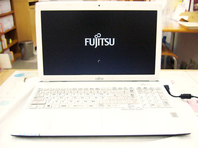 新品パソコン