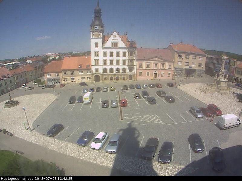 Hustopece チェコ どこかの国のライブカメラ ライブカメラ 海外 旅行 写真
