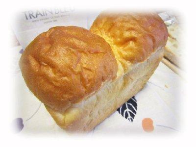 イギリスパン(トランブルー).JPG