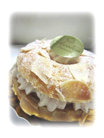 ケーキ2(アヴァロン).JPG