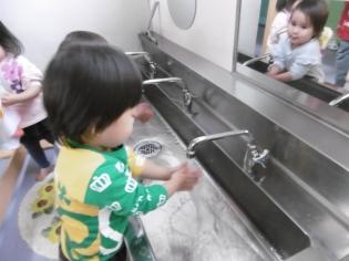手洗い (2).JPG