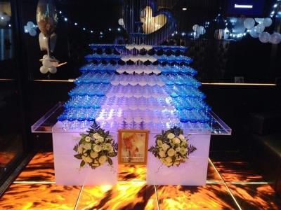 台形シャンパンタワー