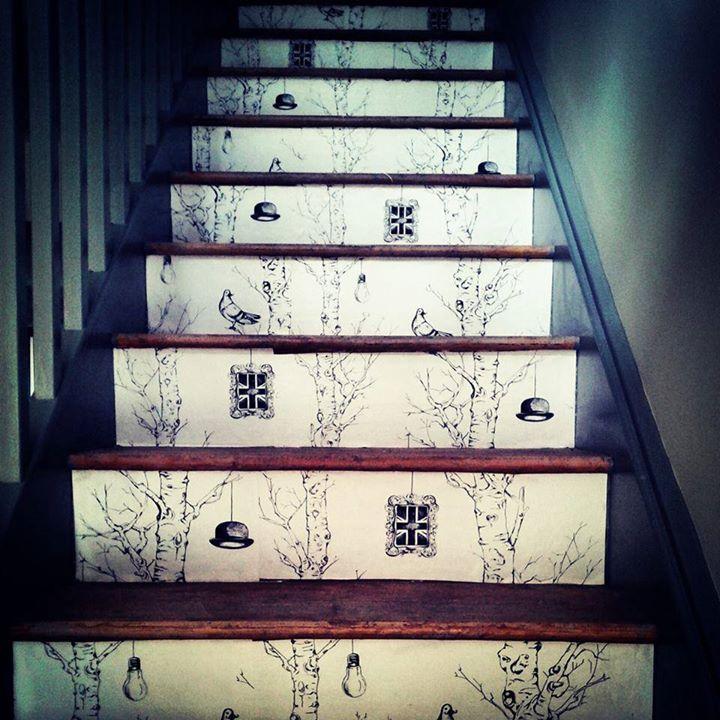 クロスを階段に使用した例