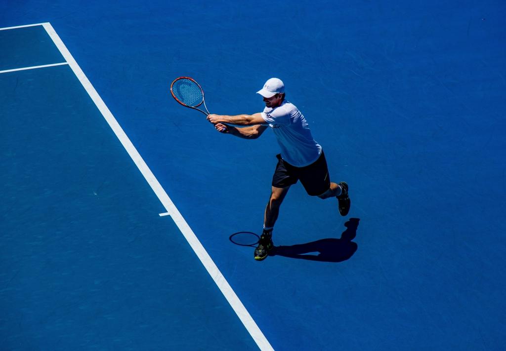 神奈川でテニスするなら「半額キャンペーン」の「中央林間テニスクラブ」がオススメです。