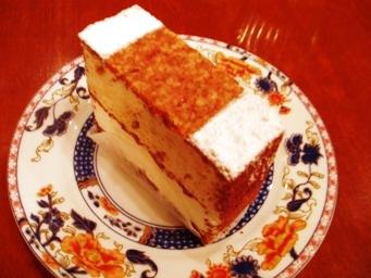 アーモンドのケーキ