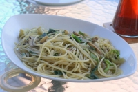 天然サザエと季節野菜のパスタ