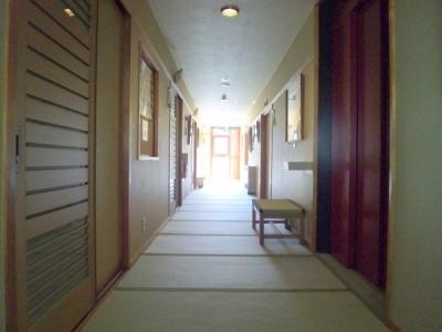 伍楼閣(廊下)