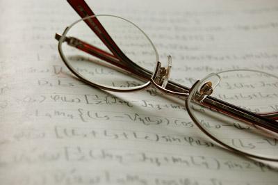 ノートと眼鏡(メガネ) - 無料写真素材