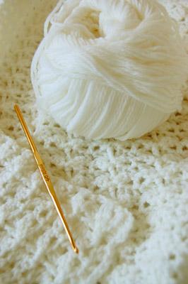 手編みのニット