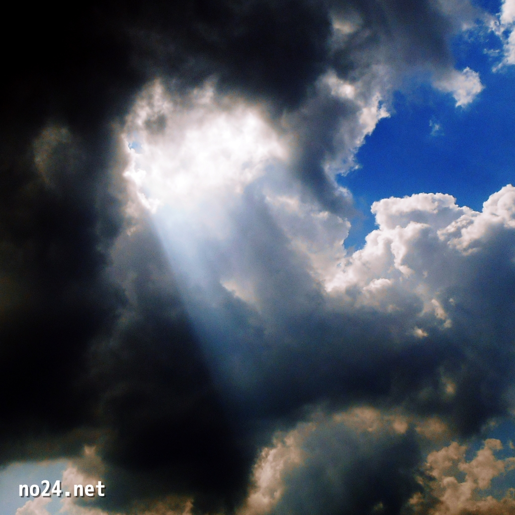 薄明光線_天使の階段_天使の梯子_光芒