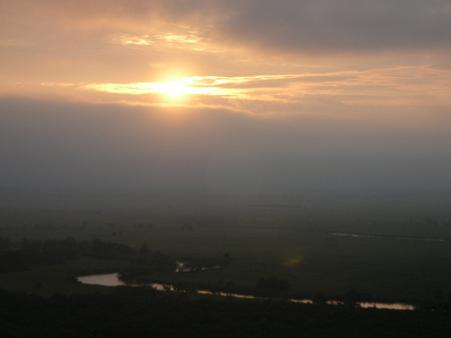釧路湿原の夕陽