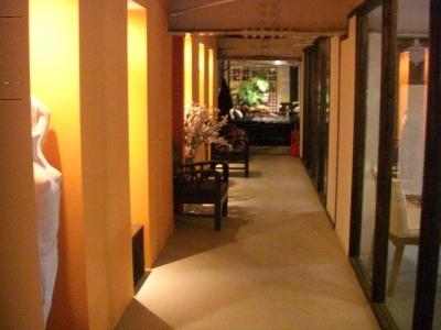オリエンタルキッチン2階