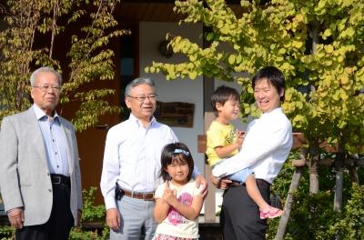 百肖「豊川」伊藤正雄さん・正幸さん・博昭さん