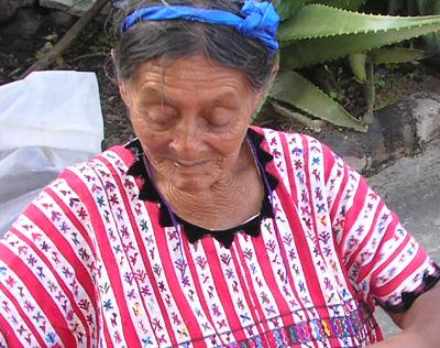 おばあちゃんの服かわいいい柄