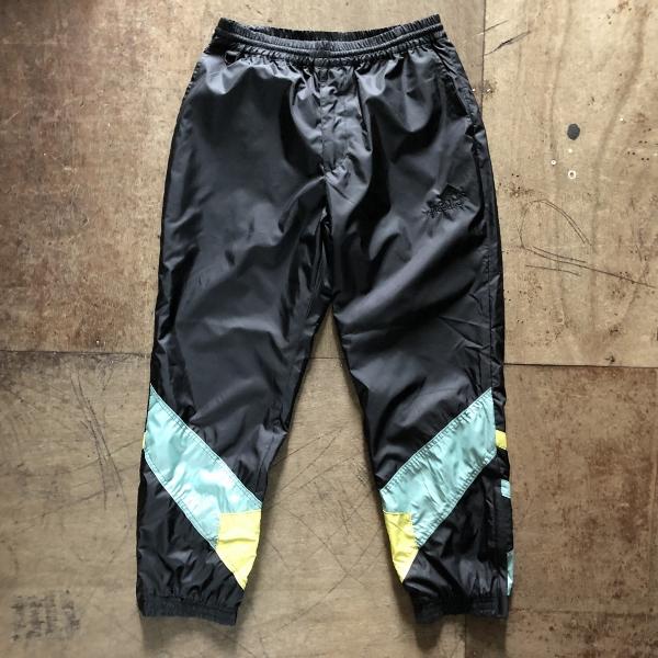 WARM UP pants 黒 flagstuff (600x600).jpg