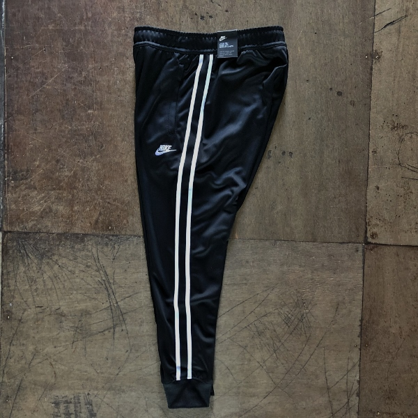 NIKE TRIBUTE JOGGER PANTS (600x600).jpg