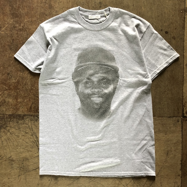 TAMANIWA PLAYER Tee grey (600x600).jpg