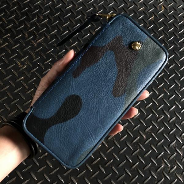 ダマスキーナ classic zip button wallet large camo (600x600).jpg