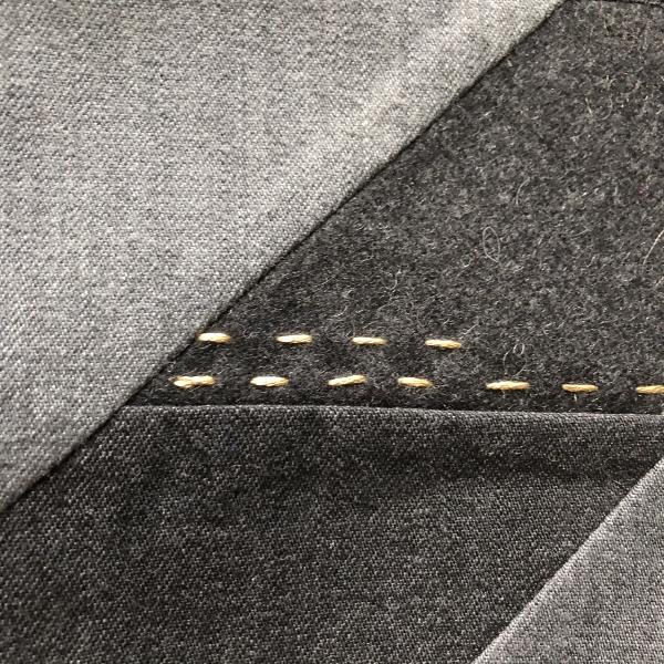 レジメンタルパッチワーク マルチケース black (600x600).jpg