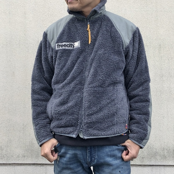 FREECITY DOVE PATCH COLD WEATHER FLEECE JACKET グレー (600x600).jpg
